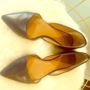 Vince Cameu shoes size 10 dark navy flats.